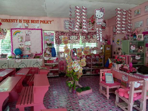 Cô giáo đáng yêu nhất quả đất: Dành 3 năm biến lớp học cũ kỹ thành căn phòng rợp màu hồng Hello Kitty - Ảnh 6.