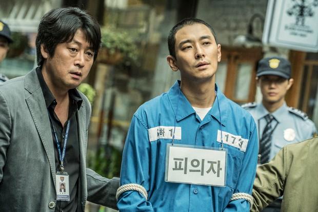 Điện ảnh Hàn tháng 10: Tâm điểm chính là Train to Busan phiên bản cổ trang - Ảnh 7.