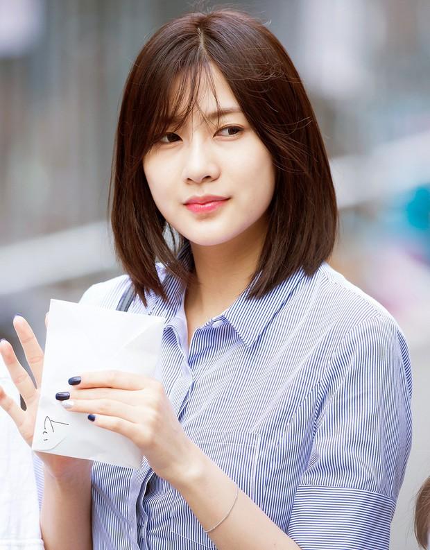 Những idol Hàn khiến fan ngã ngửa vì tuổi thật: Toàn lão hóa ngược khó tin, nhưng bất ngờ nhất là trường hợp cuối - Ảnh 21.