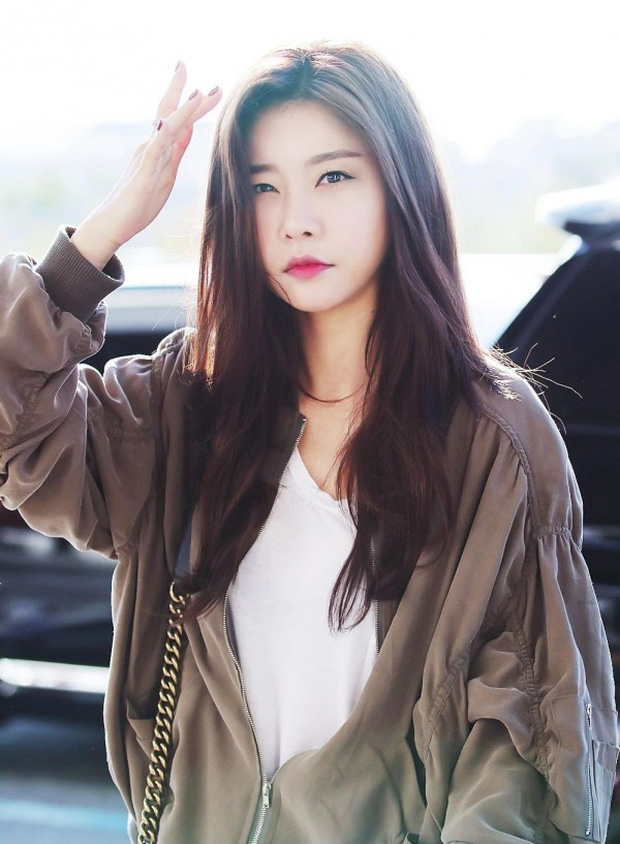Những idol Hàn khiến fan ngã ngửa vì tuổi thật: Toàn lão hóa ngược khó tin, nhưng bất ngờ nhất là trường hợp cuối - Ảnh 11.