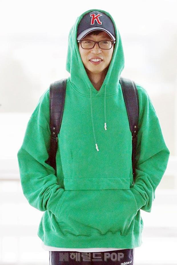 Bạn gái G-Dragon tăng cân vẫn thần thái ngút ngàn, Song Ji Hyo để mặt mộc 100% xuất sắc bên bộ đôi Running Man - Ảnh 16.
