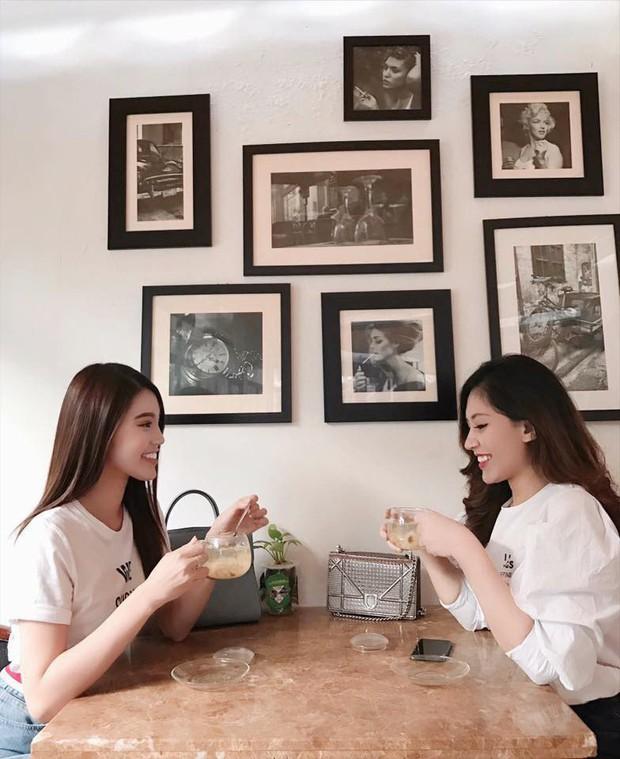 Lộ diện cô em họ tài năng, xinh đẹp của Hoa hậu con nhà giàu Jolie Nguyễn - Ảnh 10.