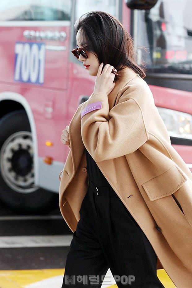 Bạn gái G-Dragon tăng cân vẫn thần thái ngút ngàn, Song Ji Hyo để mặt mộc 100% xuất sắc bên bộ đôi Running Man - Ảnh 11.