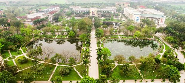 Ngay tại Hà Nội có một ngôi trường rộng gần 200ha, cây cối, hóa trái phủ xanh khắp nơi như rừng nhiệt đới - Ảnh 1.