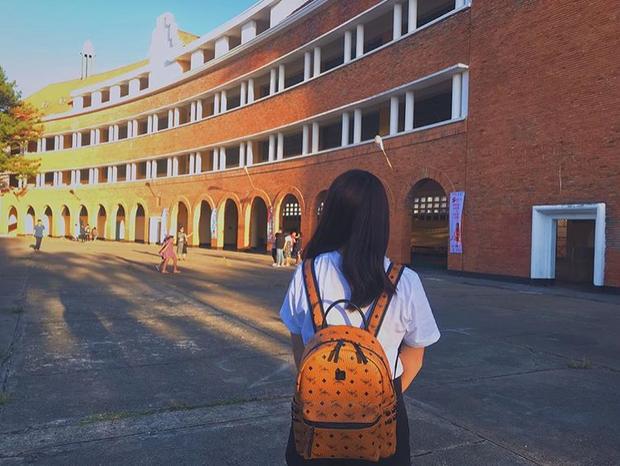 Đây chính là ngôi trường nằm trên đồi đẹp nhất Đà Lạt, được dân tình checkin nườm nượp - Ảnh 9.