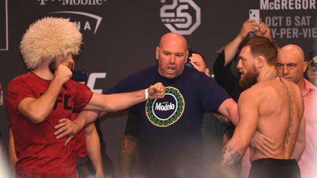 Gã điên McGregor thua đau trong lần tái xuất, tạo ra vụ ẩu đả chưa từng có trong lịch sử UFC - Ảnh 1.