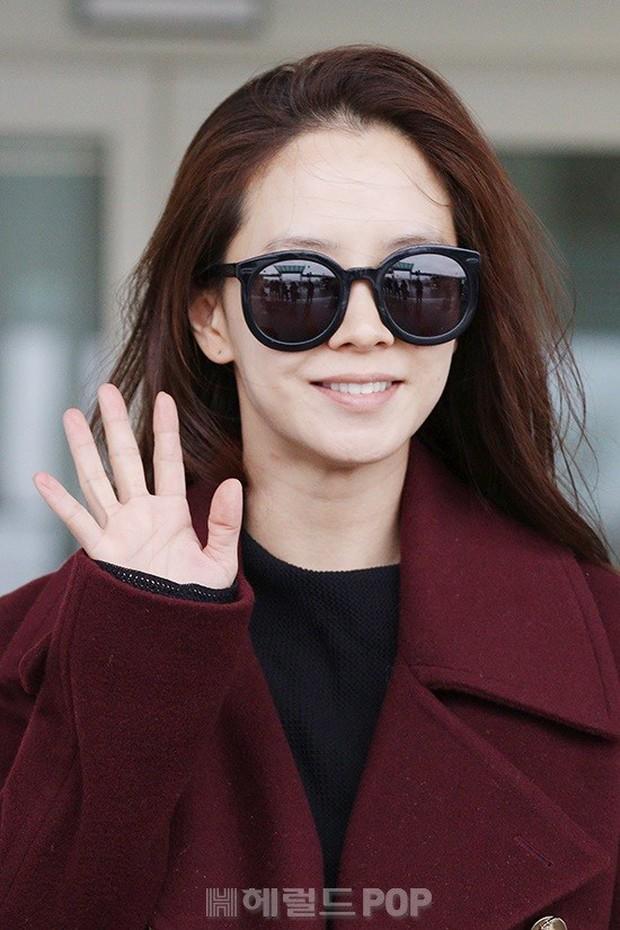 Bạn gái G-Dragon tăng cân vẫn thần thái ngút ngàn, Song Ji Hyo để mặt mộc 100% xuất sắc bên bộ đôi Running Man - Ảnh 6.