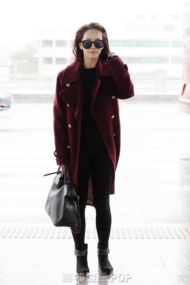 Bạn gái G-Dragon tăng cân vẫn thần thái ngút ngàn, Song Ji Hyo để mặt mộc 100% xuất sắc bên bộ đôi Running Man - Ảnh 2.