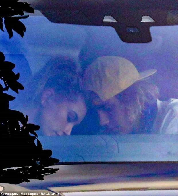 Nhìn loạt ảnh xơ xác của Justin Bieber, không thể tin nổi đây là siêu sao thế giới với tài sản ngàn tỷ! - Ảnh 6.