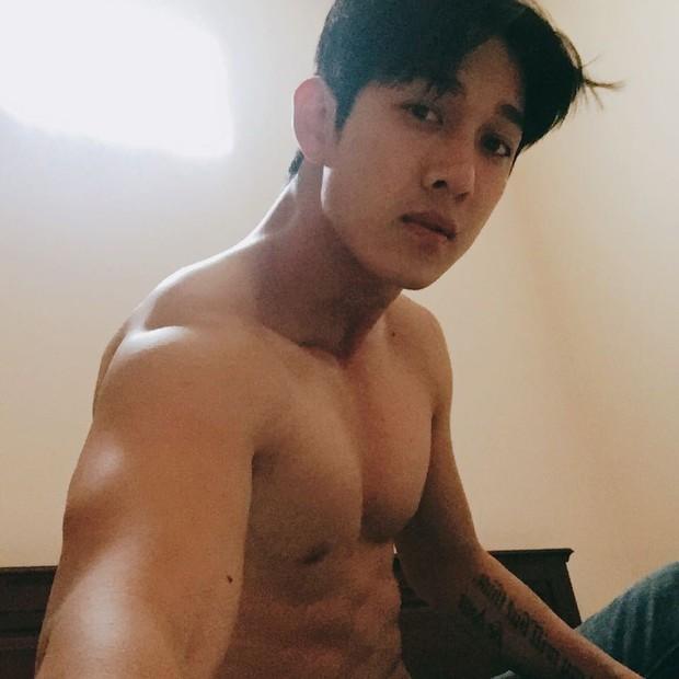 Hậu Duệ Mặt Trời Việt Nam: Ảnh đời thường diễn viên Hậu Duệ Mặt Trời - Ảnh 11.