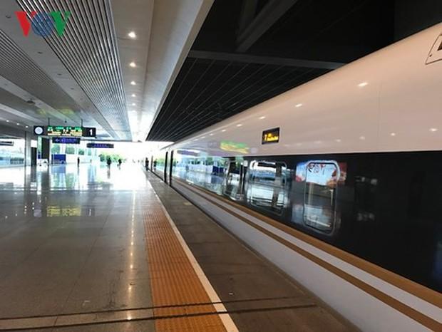 Hơn 700 triệu người Trung Quốc đi du lịch trong dịp Quốc khánh - Ảnh 3.