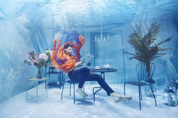 Chụp ảnh dưới nước, thí sinh Next Top Ba Lan không tránh khỏi biểu cảm trợn mắt như... chết trôi - Ảnh 11.