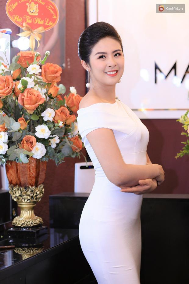 Vốn cực kín tiếng, Á hậu Việt Nam 2012 Hoàng Anh bất ngờ lần đầu tiết lộ về cuộc sống hôn nhân - Ảnh 4.