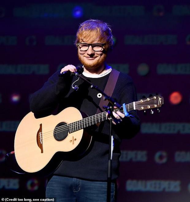 Từng vô gia cư suốt 2 năm, Ed Sheeran giờ có thu nhập đến 2,2 tỷ mỗi ngày và soán ngôi cả Adele - Ảnh 1.
