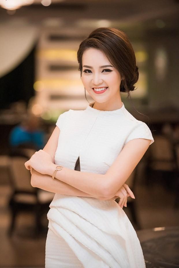 Gặp sự cố hy hữu nhưng vẫn giữ được thần thái xuất sắc, những sao Việt này được ngợi khen vì quá chuyên nghiệp - Ảnh 15.