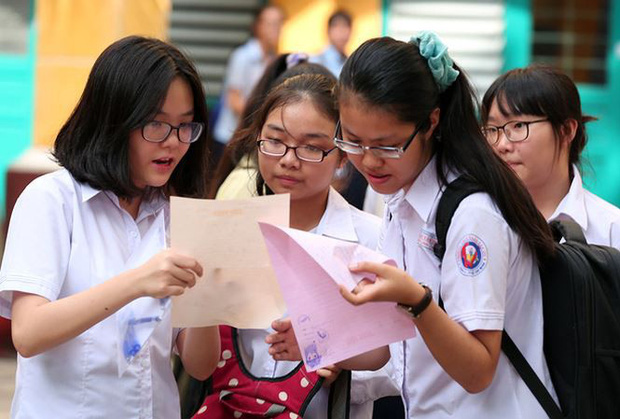 Sở GD&ĐT Hà Nội lý giải lựa chọn phương án thi vào lớp 10 - Ảnh 1.