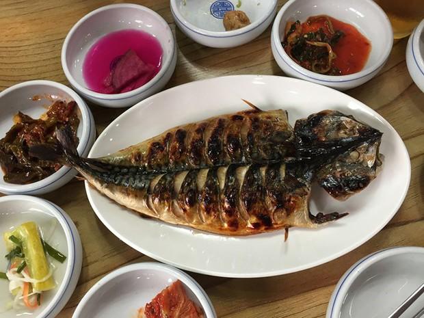 7 món ăn không thể bỏ qua khi đến với đảo Jeju xinh đẹp ở Hàn Quốc - Ảnh 6.