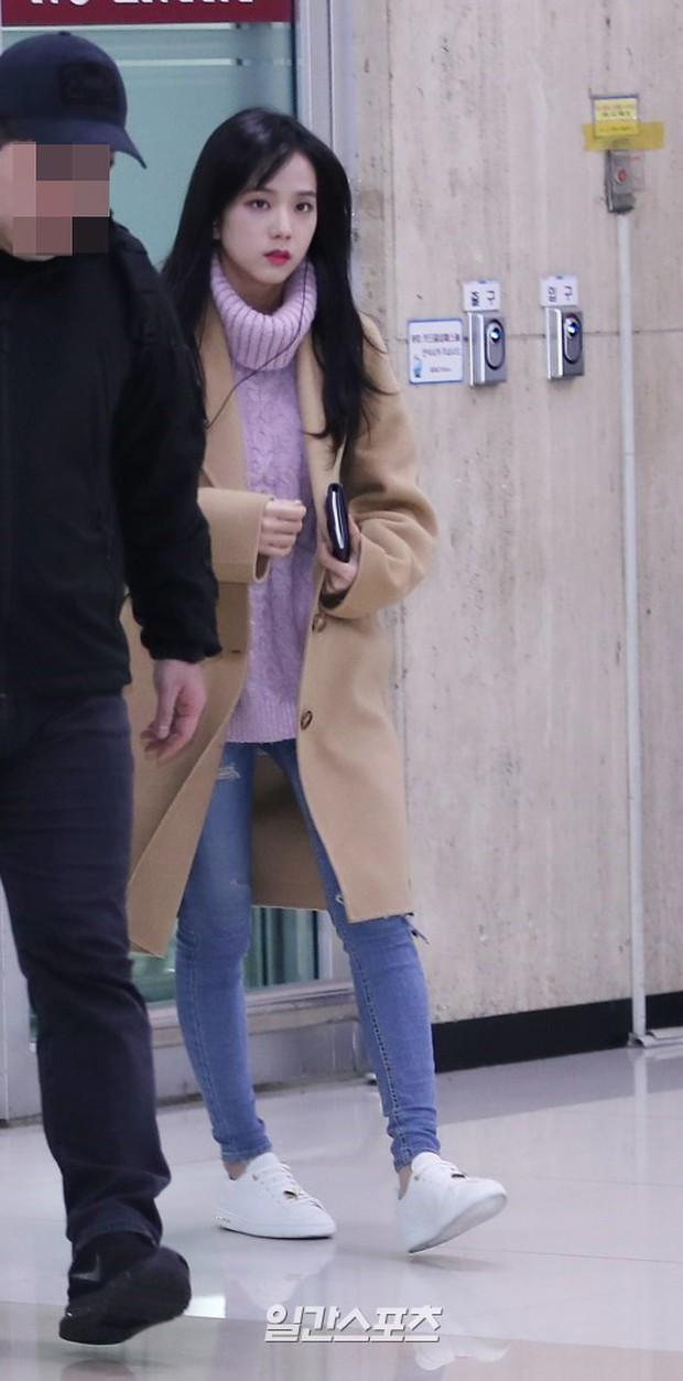 Chứng kiến màn đọ sắc hiếm hoi của 2 biểu tượng sang chảnh: Lee Sung Kyung cò hương và dàn mỹ nhân Black Pink - Ảnh 11.