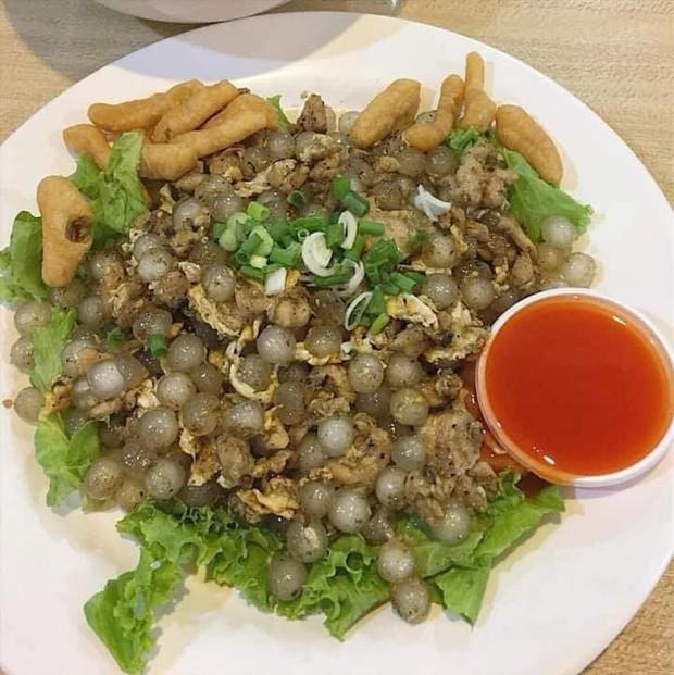 Mâm cơm 3 món dành cho con nghiện trà sữa: Trân châu chiên trứng, trân châu xào thịt bò và canh rau cải trân châu - Ảnh 2.