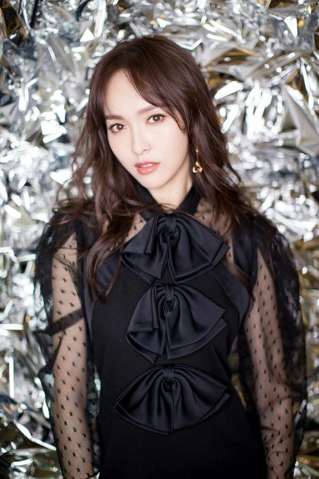 Nàng dâu mới của xứ Trung - Đường Yên chia sẻ 4 bí quyết giúp duy trì sắc đẹp dù đã bước sang tuổi 35 - Ảnh 4.