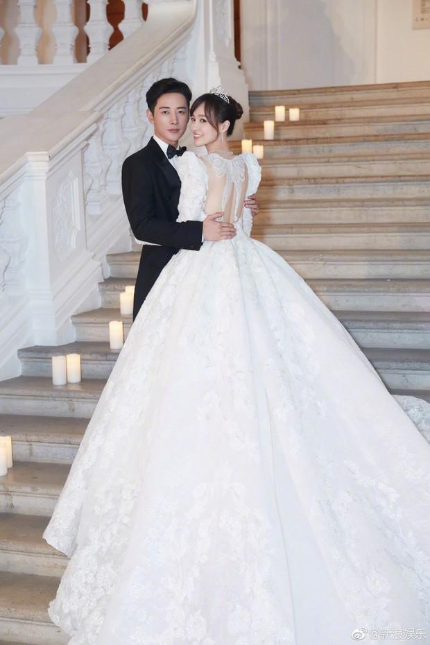 Đám cưới Đường Yên - La Tấn: Loạt ảnh hiếm trong đám cưới siêu bảo mật - Ảnh 4.