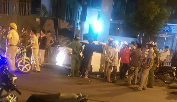Danh tính 2 đối tượng vận chuyển ma tuý bị Cảnh sát truy đuổi như phim hành động ở Sài Gòn - Ảnh 1.