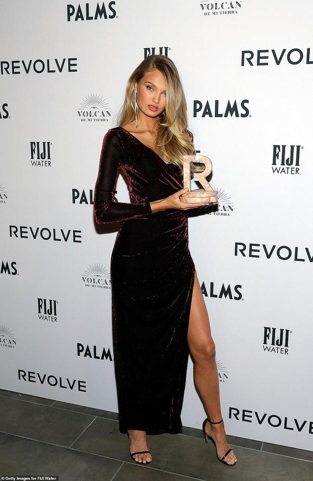 Kendall Jenner thôi miên dân tình với nhan sắc đẹp nao lòng, nhưng bỗng gặp một đối thủ quyến rũ không kém - Ảnh 9.