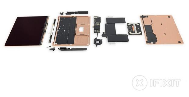 Lột trần MacBook Air 2018 mới thấy Apple sắp xếp linh kiện đẹp mắt tỉ mỉ như thế nào - Ảnh 2.