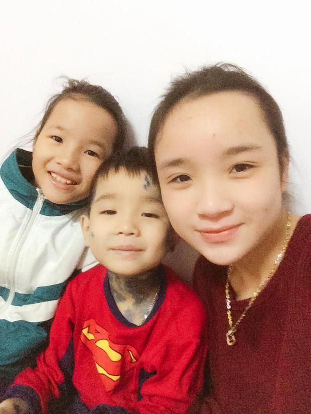 Món quà sinh nhật dễ thương của cậu em trai kém 13 tuổi tặng chị gái khiến dân mạng thích thú, nhiều chàng trai còn tự nhận vơ anh rể - Ảnh 4.