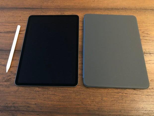 Hí hửng bỏ 1.300 USD mua iPad Pro mới, đầy đủ phụ kiện nhưng tôi đã trả lại chỉ sau chưa đầy 24 giờ, đây là lý do - Ảnh 2.