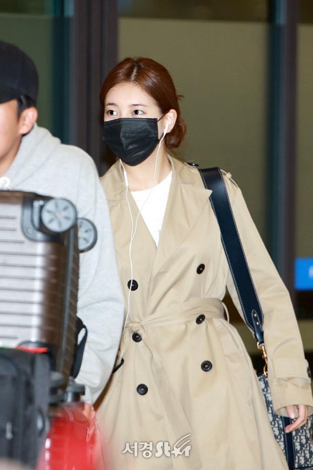 Yoona và Suzy tình cờ đụng độ tại sân bay: Người gây choáng vì mặt mộc quá đẹp, kẻ gầy vẫn đẹp như mơ - Ảnh 8.