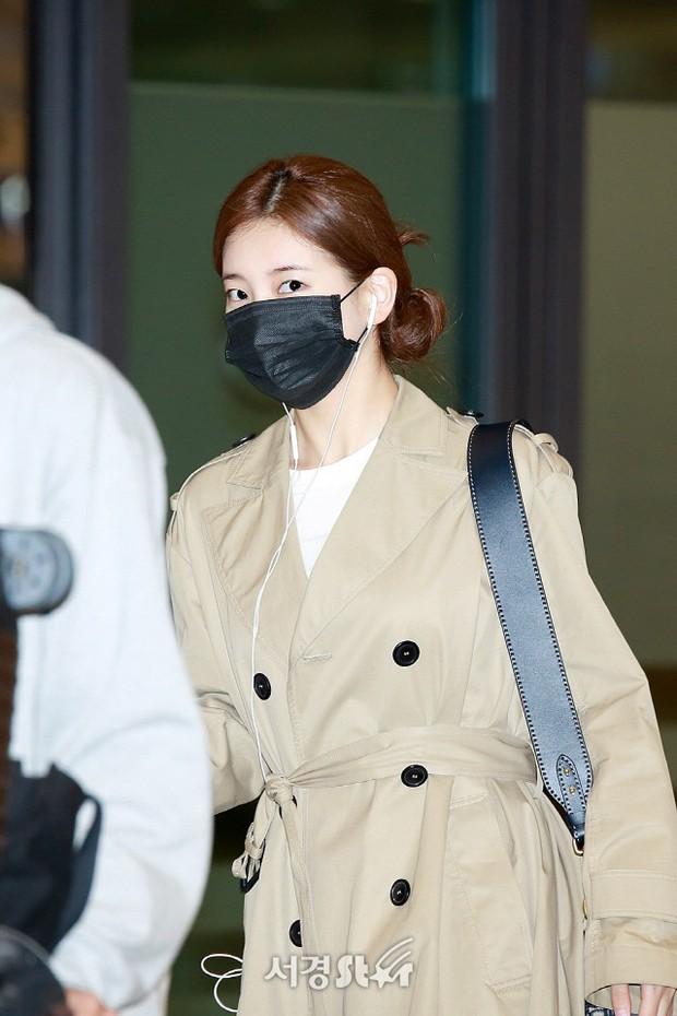 Yoona và Suzy tình cờ đụng độ tại sân bay: Người gây choáng vì mặt mộc quá đẹp, kẻ gầy vẫn đẹp như mơ - Ảnh 6.