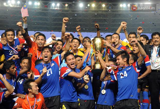 Việt Nam cho Singapore, Malaysia hít khói trên bảng xếp hạng tổng điểm AFF Cup - Ảnh 1.