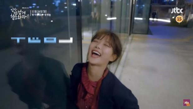 Kim Yoo Jung khiến dân tình hết hồn với tạo hình mới trong Clean with Passion for Now - Ảnh 10.