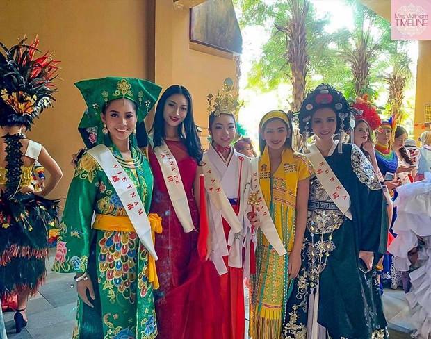 Tiểu Vy mang Lạc Trôi (Sơn Tùng M-TP) lên sân khấu Miss World 2018 - Ảnh 3.