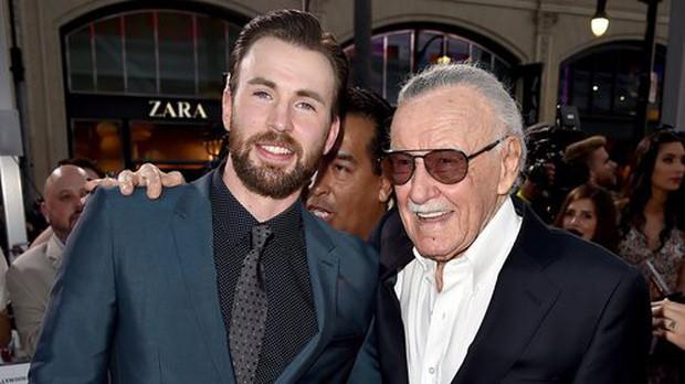Dàn sao phim Marvel và nhiều nghệ sĩ khác cùng tưởng nhớ Stan Lee sau tin cha đẻ các siêu anh hùng qua đời - Ảnh 2.
