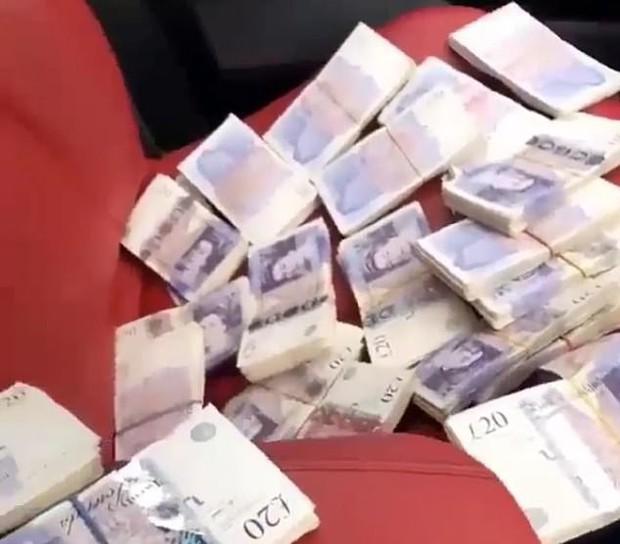 Đua đòi rich kid, băng nhóm buôn ma tuý đăng loạt ảnh tiền vàng sang chảnh lên Instagram - Ảnh 3.