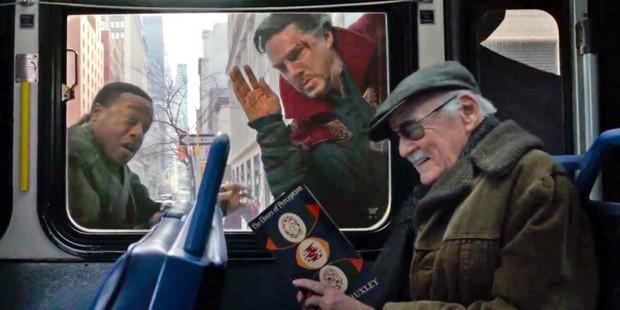 Nhìn lại gia tài vai diễn cameo trên màn ảnh rộng đầy thú vị của thiên tài Stan Lee - Ảnh 26.