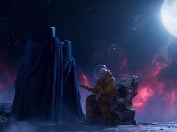 Nhìn lại gia tài vai diễn cameo trên màn ảnh rộng đầy thú vị của thiên tài Stan Lee - Ảnh 27.
