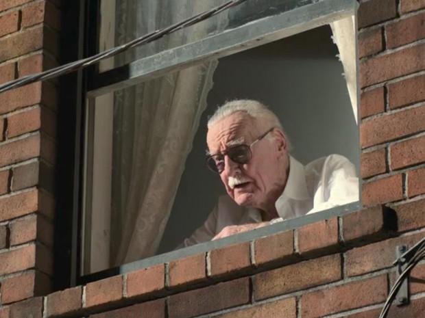 Nhìn lại gia tài vai diễn cameo trên màn ảnh rộng đầy thú vị của thiên tài Stan Lee - Ảnh 28.