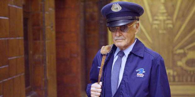 Nhìn lại gia tài vai diễn cameo trên màn ảnh rộng đầy thú vị của thiên tài Stan Lee - Ảnh 5.