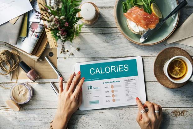 Ngay cả khi hết ăn low carb bạn vẫn có thể giữ được cân nặng nếu biết áp dụng các mẹo này - Ảnh 3.