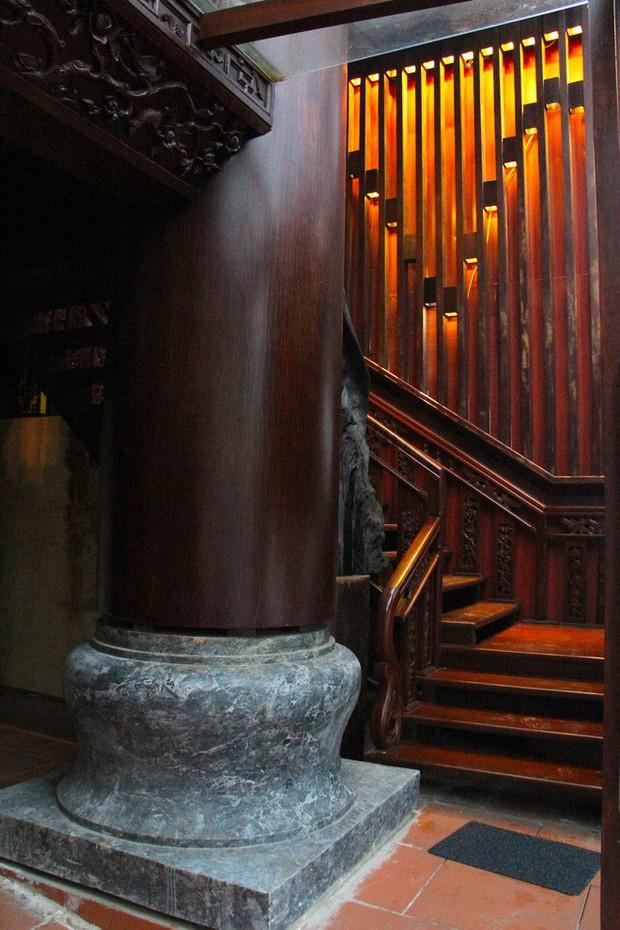 Ngắm cảnh xa hoa bên trong ngôi nhà gỗ trăm tỷ của đại gia Hà Tĩnh - Ảnh 3.