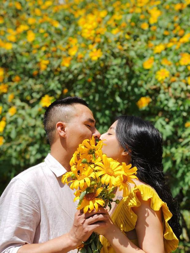 Trước khi công bố chia tay, MC Hoàng Linh vẫn liên tục cập nhật hình ảnh hạnh phúc với hôn phu lên Facebook - Ảnh 13.