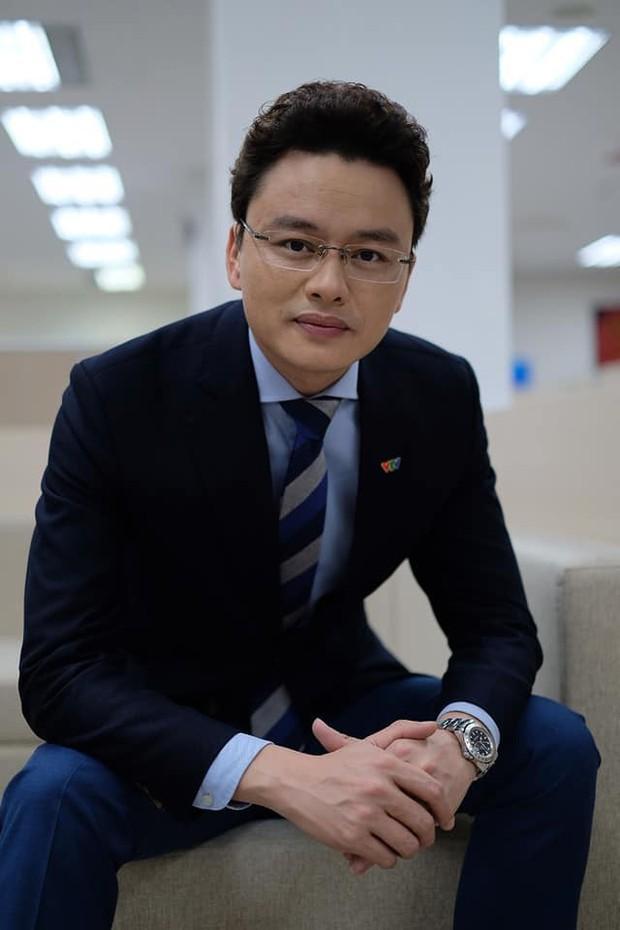 MC Hữu Bằng bất ngờ ẩn ý về một cô MC lục đục hôn nhân, cho rằng yêu đương khoe lên Facebook thì được mấy hôm - Ảnh 3.