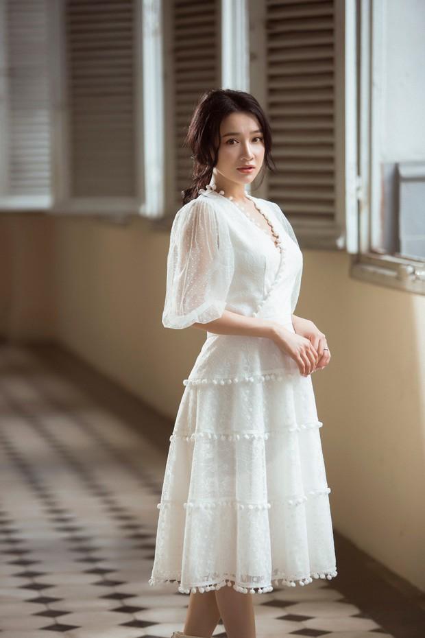 Nhã Phương mang thai nhưng vẫn xinh đẹp, nuột nà trong bộ ảnh mới - Ảnh 7.