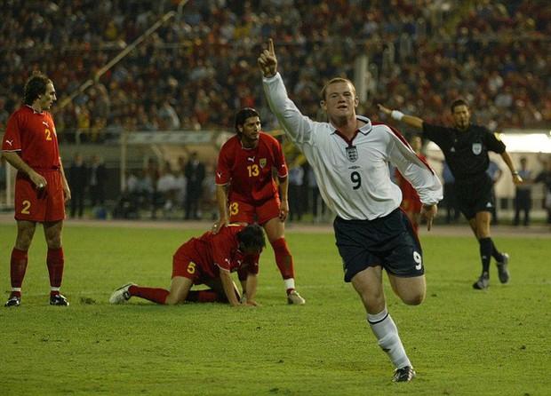 Wayne Rooney vĩ đại, nhưng không bao giờ vĩ đại nhất - Ảnh 1.