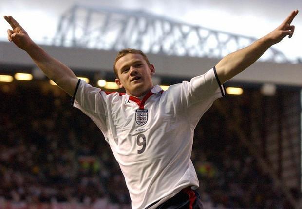 Wayne Rooney vĩ đại, nhưng không bao giờ vĩ đại nhất - Ảnh 2.