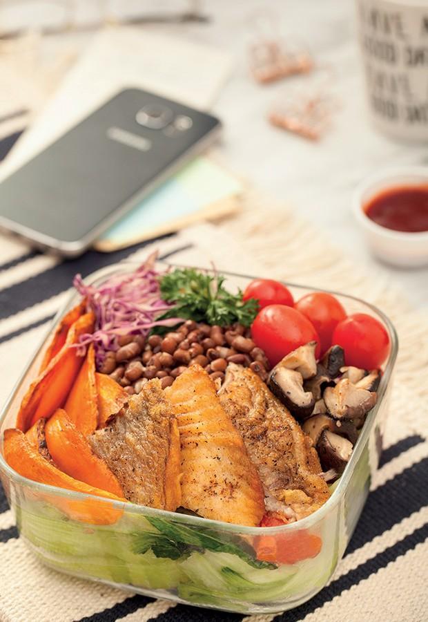 4 thực đơn bữa trưa low carb nhìn là muốn ăn ngay - Ảnh 2.