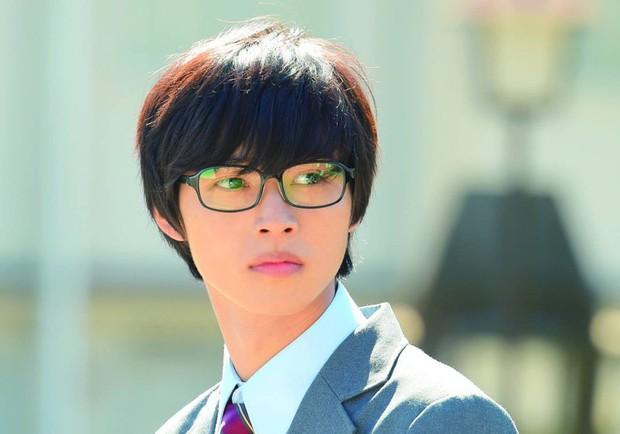 Yamazaki Kento: Từ hoàng tử shoujo mặt đơ đến nam chính xuất sắc giải thưởng truyền hình Nhật Bản - Ảnh 18.